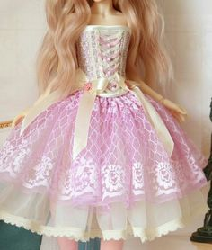 Corset with bottom lace. You can buy cute lace like this on Etsy Girls Dresses, Flower Girl Dresses, Formal Dresses, Wedding Dresses, Monster High Dolls, Corset, Barbie, Lace, Fashion