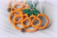 Halloween at DaWanda Earrings in the shape of pumpkin handmade by tatting needle. In 100% cotton yarn made in Italy; the nun is handcrafted with silver filled wire. Silver filled wire can be manipulated just like...