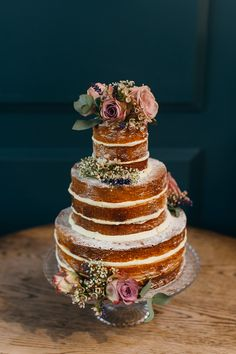 rustic wedding cake with roses  | www.onefabday.com