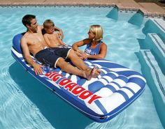 The Poolmaster Big Daddy Mattress-2 Pack is built with supreme support, the Big Daddy Ladder Mattress is the king of inflatable loungers.