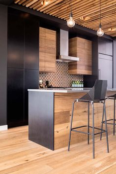 Kitchen Interior Gallery of / Building Bloc design - 12 - Image 12 of 23 from gallery of / Building Bloc design. Photograph by Jared Sych Farmhouse Kitchen Decor, Home Decor Kitchen, Kitchen Furniture, New Kitchen, Home Kitchens, Kitchen Ideas, Kitchen Small, Furniture Chairs, Furniture Plans