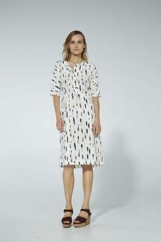 Iman dress, silk, ink/white Short Sleeve Dresses, Ink, My Style, Sleeves, Closet, Fashion, Moda, Armoire, Fashion Styles