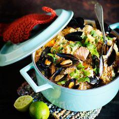 Lohi-simpukkacurry Yummy Recipes, Yummy Food, Paella, Ramen, Dairy Free, Drinking, Gluten, Ethnic Recipes, Tasty Food Recipes