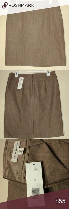 Banana Republic Beige Stretch Pencil Skirt Beige stretch pencil skirt, never worn with tags. $55 OBO! Banana Republic Skirts Pencil