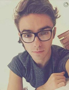 Love this pic of Nath ^_^ ♡