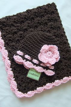 Cute for a baby gift. CUTE HAT!