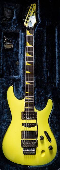 Ibanez FGM100 in Desert Yellow
