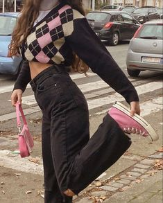 Indie Outfits, Retro Outfits, Cute Casual Outfits, Girl Outfits, High Fashion Outfits, Grunge Outfits, Fashion Clothes, Casual Shorts, Vintage Outfits