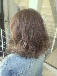 スモーキーベージュ/ANKH CROSS【アンク・クロス】原宿店をご紹介。2017年春の最新ヘアスタイルを100万点以上掲載!ミディアム、ショート、ボブなど豊富な条件でヘアスタイル・髪型・アレンジをチェック。