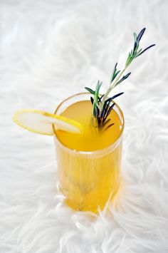 This Ginger Pear Cocktail from William's Sonoma looks great! Maybe throw in a Mango Ginger Marquis O3 instead of actual ginger. #drinkmarquis