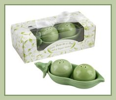 Kate Aspen Two Peas in A Pod Ceramic Salt and Pepper Shakers in Ivy Print Gift Box Salt N Pepper, Salt Pepper Shakers, Tabletop Accessories, Thing 1, Pea Pods, Best Wedding Gifts, Box Frames, Unique Gifts, Stuffed Peppers