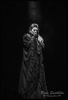 Luna Perez Lening en la piel de Lucy uno de los protagónicos de Drácula, el musical en sus 25 años. Un gran talento de nuestro pais.