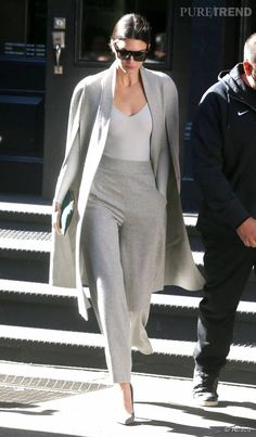 99 Amazing Kendall Jenner Outfits Ideas With Tops Inspirations Source by outfits hijab Classy Outfits, Chic Outfits, Fashion Outfits, Prom Outfits, Maternity Outfits, Hijab Fashion, Mode Chic, Mode Style, Cooler Look