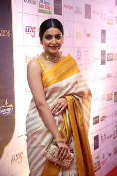 Avantika Mishra in Yellow Saree at Dadasaheb Phalke Awards South