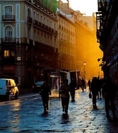 Sunrise close to La Puerta del Sol, Madrid, Spain