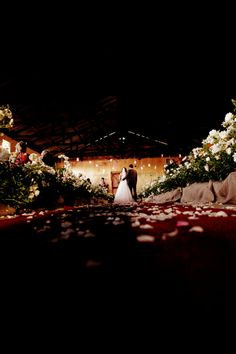 Maryke at the Rose Barn at Ludwig's Roses Photo By splendidproductions.co.za Engagement Shoots, Junk Food, Food Videos, Shed, Roses, Barn, Weddings, Photography, Engagement Photos