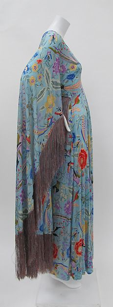 Amazing 1970's Missoni dress! It reminds me of a mumu. haha but the print and fringe are to die for. The style should be repurposed.