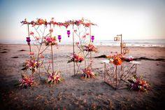 Darin Fong Photography, Embellishmint Floral via CeremonyBlog.com (1)