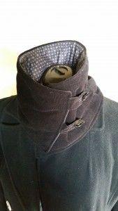 col boutonné 1 Neck Scarves, Raincoat, Sewing, Crochet, Berets, Ainsi, Place, Diy, Fashion