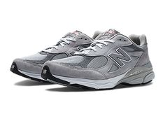 The legendary Made in USA 990 series comes full circle with the newest release from New Balance! The men's 990 features a classic design with a universal appeal, from its premium pigskin upper with mesh inserts for breathability to the stability-enhancing ABZORB® midsole plus ENCAP to promote a healthy gait. Whether you're running five miles a day or rushing from class to class on your feet, the seriously comfortable 990 takes you everywhere in timeless casual style.