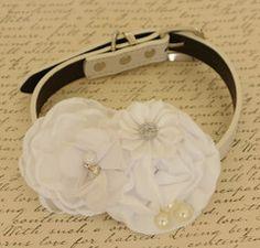 White Floral dog collar, dog collar, White wedding accessory, Dog birthday gift, Beaded dog collar, Flower, Dog lovers,Pearl, White