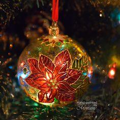 Painted Christmas Ornaments, Christmas Balls, Christmas Eve, Christmas Crafts, Christmas Decorations, Holiday Decor, Glass Ball, Garland, Ornaments Ideas