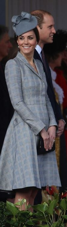 Kate looks so lovely and her smile is the real look of a very happy Pincess