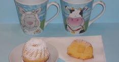 Queste dolci e leggerissime ciambelline sono delle merendine adatte per la colazione o per la merenda, magari accompagnando una bella taz...
