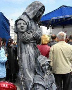 Realistic Living Statue