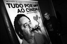 Em homenagem a Cosme Alves Netto, um dos personagens mais representativos da luta pelo cinema nacional, documentário é exibido com ingresso promocional a leitores do Catraca Livre