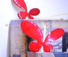 #butterfly #petaloudes #kokkino #red #necklace #kolie #pearl #margaritari #books #vivlia