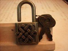 Celtic Knot lock