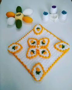Free 100 crochet and knitting patterns. There are patterns for you, the kids and for baby. See all of your favorite 100 crochet patterns. Filet Crochet, Crochet Motif, Crochet Designs, Crochet Yarn, Afghan Crochet Patterns, Knitting Patterns, Crochet Baby Booties, Stuffed Toys Patterns, Handmade