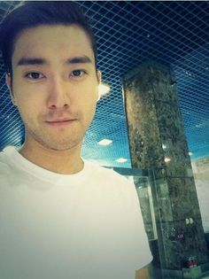 Super Junior Choi Siwon posted a charismatic selfie of himself. http://www.kpopstarz.com/tags/super-junior