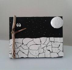 #blackandwhite #wall #owl #moon #tasboyama #pebbleart #pebble #pebblepainting #handcraft #cakiltasi #sanat #artdesign #tasarim #stoneart #stonepainting #eggshell #hediyelikeşya #hediyelik #handmadegifts #piedraspintadas #manualidades #etsy #etsyshop #hobby #hobi