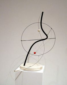 Alexander Calder Geometric Sculpture, Modern Sculpture, Abstract Sculpture, Sculpture Art, Alexander Calder Sculptures, Laszlo Moholy Nagy, Linear, New York Art, True Art