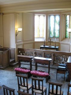 Home Prayer Room/chapel Ideas! Nook Extended Out With Leaded Glass Windows.