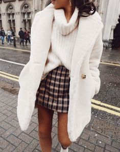 fall fashion | autumn ootd | winter style | outfit | white teddy coat | plaid skirt | turtleneck | casual chic #outfit #winter #outfitinspo