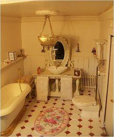 lovely tiny bathroom