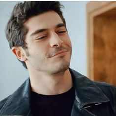 Burak Deniz ❤ Arsenal Academy, Murat And Hayat Pics, Most Handsome Actors, Cute Love Stories, Cute Love Couple, Man Crush Everyday, Actrices Hollywood, Turkish Beauty, Future Boyfriend