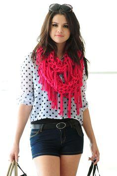 Selena Gomez Dream Out Loud Spring Photoshoot | Selena teve a iniciativa de criar sua linha de roupas, após ver uma ...