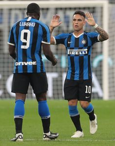 Romelu Lukaku and Lautaro Martinez Photos Photos: FC Internazionale vs Juventus - Serie A Esports, Football Players, Superstar, Celebrities, Milan Italy, Goal, Capri, France, Marvel Drawings