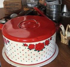 Vintage Cake Carrier... loooove the vintage red white enamelware pieces of 1950s!!!!