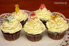 Čokoládové cupcakes s vanilkovým krémom Cheesecake Cupcakes, Mini Cupcakes, Cheesecakes, Deserts, Cookies, Food, Basket, Fotografia, Crack Crackers
