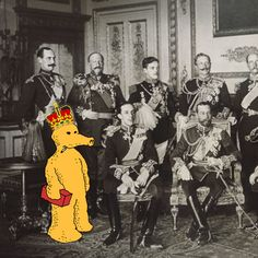 Lord Quas taking his spot in the Monarch