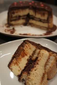 Charlotte façon tiramisù Charlotte Dessert, Cheesecakes, Panna Cotta, French Toast, Food And Drink, Favorite Recipes, Sweets, Baking, Breakfast