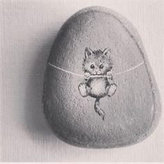 #cat#stone #painting #tasarımcılarınpazaryeri #taşboyamasanatı #taşboyama