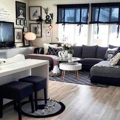 God lørdag  Idag har vi full snøstorm her på Vestlandet Da er det greit å ha en sånn plass inne som  @casalyng har   #casalyng #myhome #mynordicroom #living #livingroom #ikea #white #landligstil #cosy #home #putti123 #interior123 #interior #design #style #february #hus10a #kkliving #food #8010 #family #inspirasjon #inspirasjon #inspiration #interior #interiorstyling #interiør