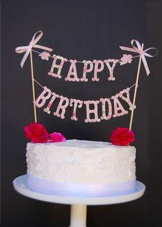 Pretty White Frosted Happy Birthday Cake Photo