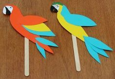 brazil bird outline | small card parrot that can be used as a bookmark.